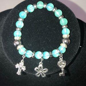 NWOT stretch bracelet